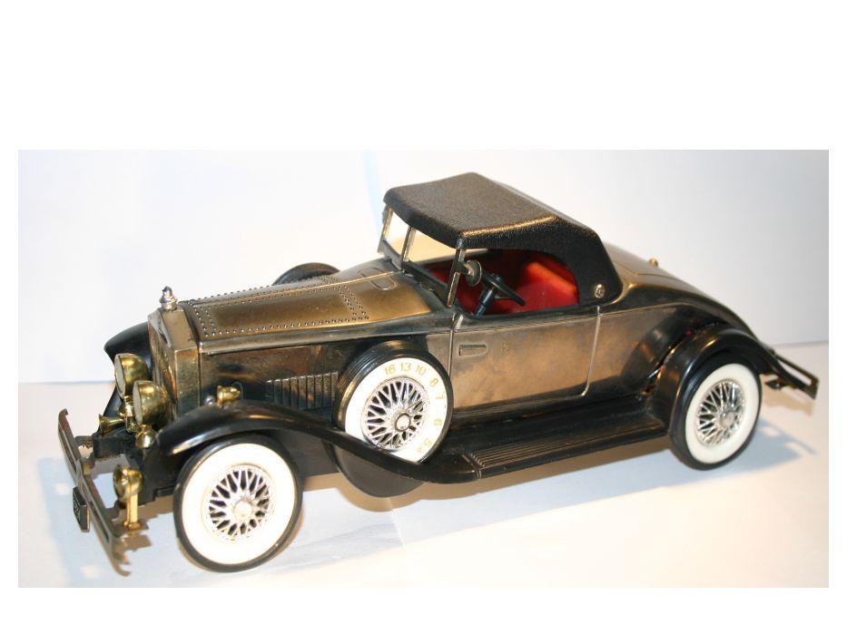 Réplica de carro antigo