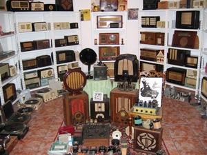 Alguns rádios de Carlos Ganopa