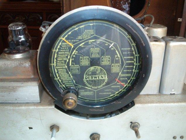Derwent Type HS14160 dial