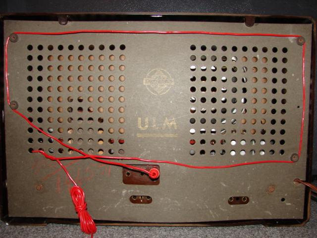 EMUD Type ULM (224KB), visto na caixa por trás