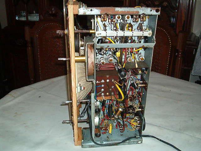 Philips BX495A visto por baixo