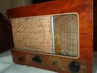 Rádio em más condições de conservação