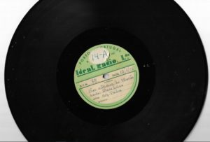 Disco de 78rpm com a música Nas Voltinhas do Marão