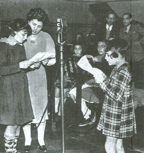 Mimi, Odete Passos de Saint-Maurice e Julieta Marques Cardoso no Rádio Clube Português