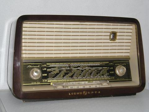 Lowe-Opta Rheinperle 4716W