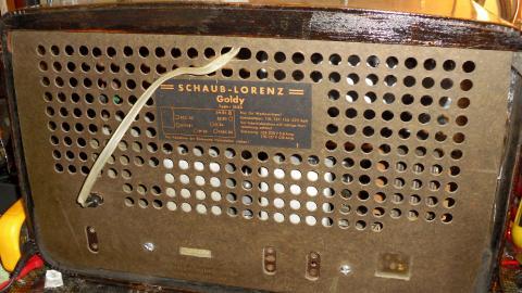 "Schaub-Lorenz ""Goldy"" Type 3633 apresentação"