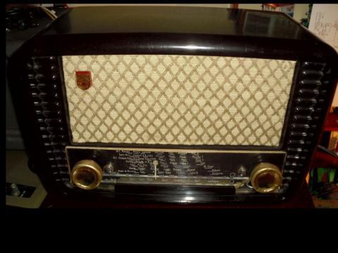 Outra foto do Rádio PHILIPS BLN 223U