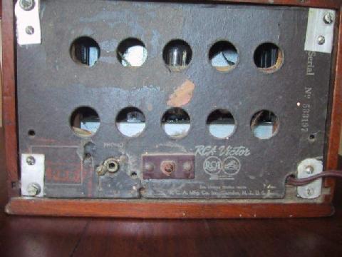 RCA T40X-57 outra foto visto por trás