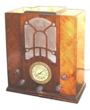 Sparton, réplica de um botão de madeira gravado
