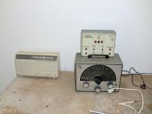 Outra foto do gerador de sinais e analisador de transistores
