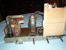LUXOR Type 52W chassis visto de frente
