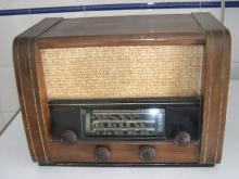 Rádio de marca desconhecida